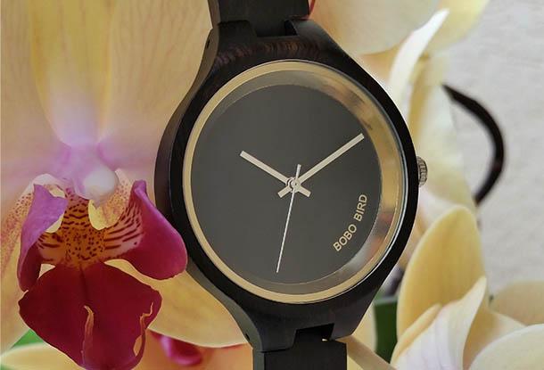 Drevené hodinky pre ženy