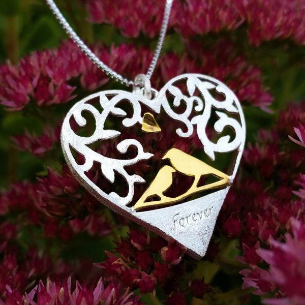 Strieborný prívesok Láska v srdci