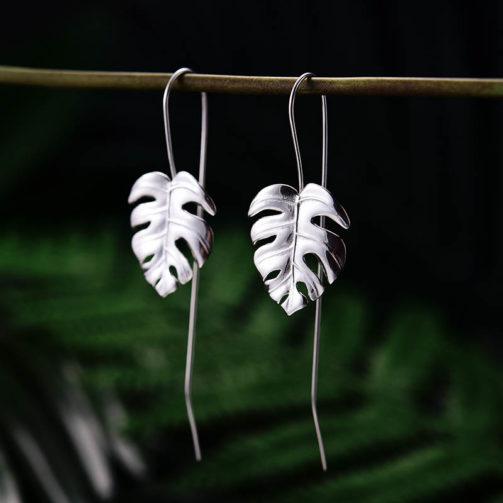 Strieborné náušnice Amazonky