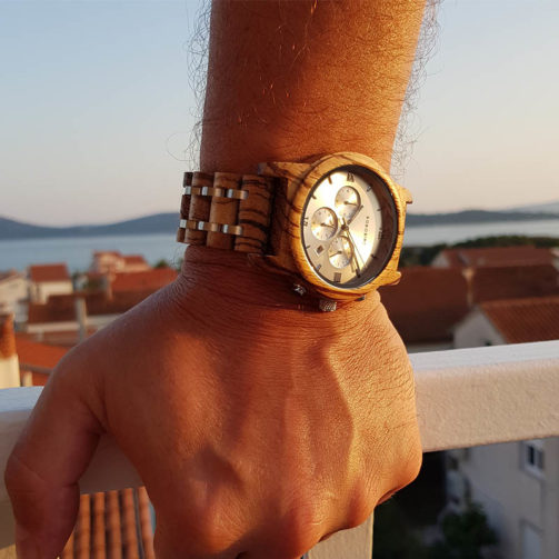 Drevené hodinky EVEREST